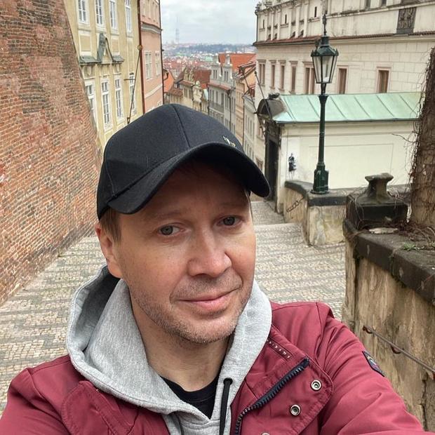 Евгений Миронов впервые показал сына