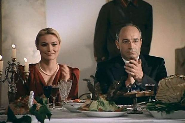 Фото №6 - Бесплодие, уход в религию и обожаемый муж: как сложилась судьба звезды фильма «Гений»