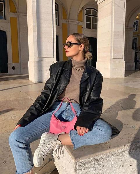 Фото №1 - Тренд: 7 самых стильных нейлоновых сумок