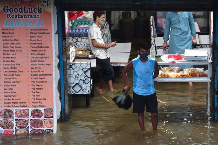 Фото №1 - Самые впечатляющие наводнения безумного лета 2021 (видео)