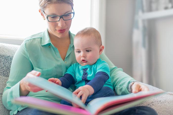 Фото №1 - Самая первая книжка: выбираем и читаем