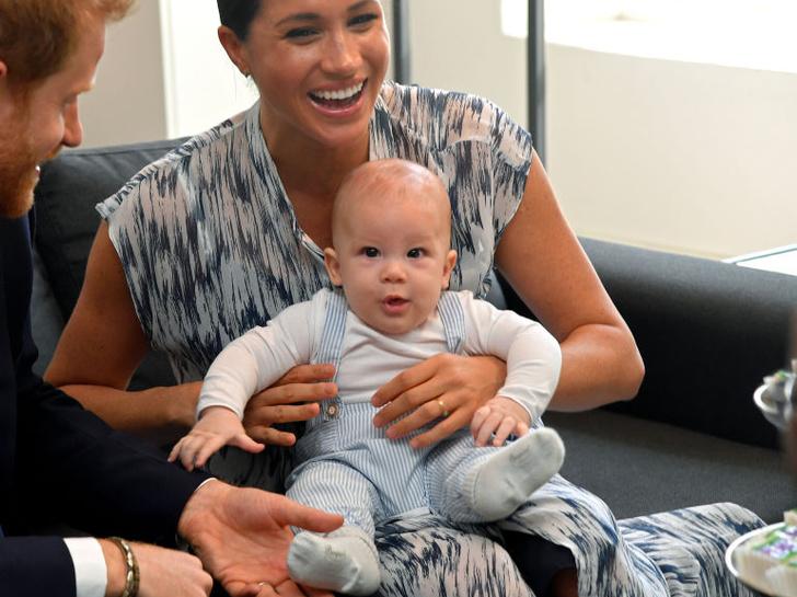 Фото №1 - Почему Арчи Сассекский точно не станет принцем (и при чем здесь Чарльз)
