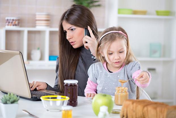 Фото №3 - Мама, работающая на дому: 5 вещей, о которых стоит знать заранее