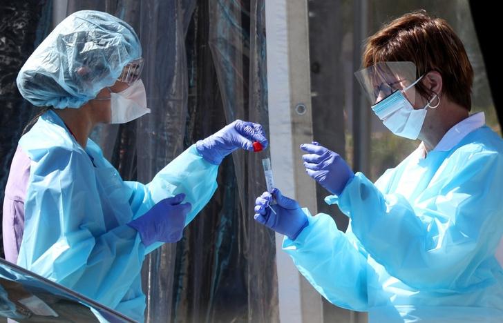 Фото №2 - Ковид-аномалия: в Ухане впервые за год зарегистрировали вспышку COVID-19