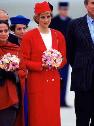 Фото №8 - Как принцесса Диана одевалась бы в наши дни (и осталась бы она иконой стиля?)