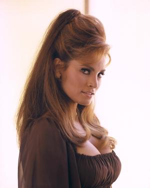 Фото №1 - Стрижки как у Хепберн, Бардо и других кинодив 60-х, которые мы снова будем носить