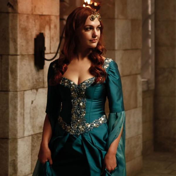 Фото №1 - Самые красивые образы Хюррем Султан из сериала «Великолепный век» 👑