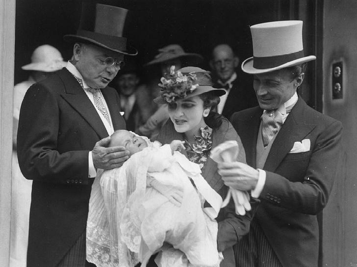 Фото №4 - «Бедная маленькая богачка»: почему миллионное наследство и семь мужей так и не принесли счастья Барбаре Хаттон