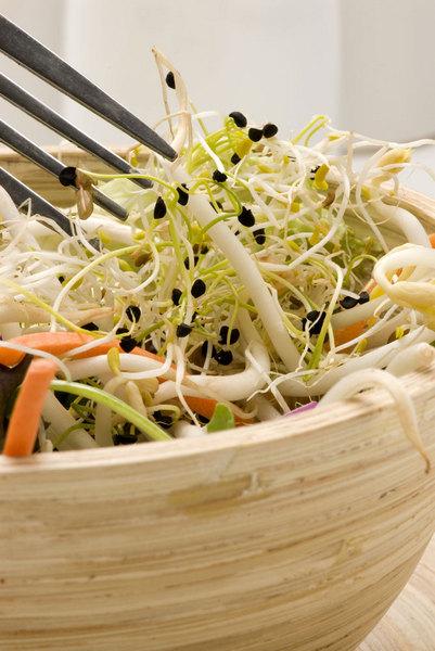 Фото №3 - 5 секретов весеннего салата