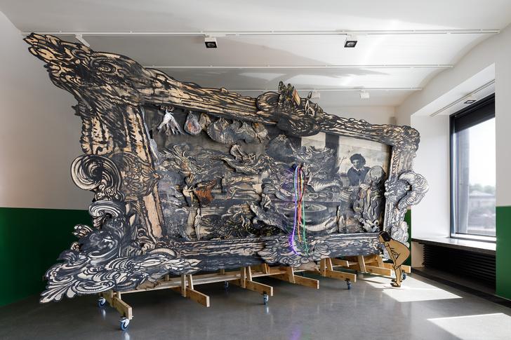 Фото №1 - Персональная выставка Шишкина-Хокусая в Marina Gisich Gallery