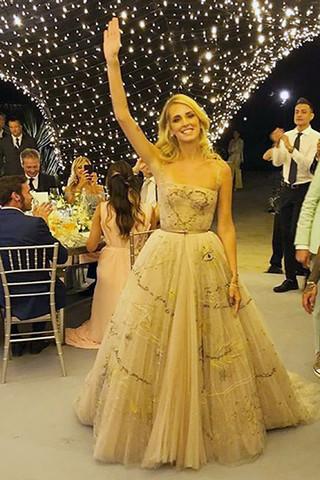 Фото №6 - От Дианы до Леди Гаги: 20 звезд в платьях Dior