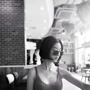 Фото №4 - Роковая Со Е Чжи: корейские нетизены обсуждают, как актриса тиранит своих бойфрендов 😨