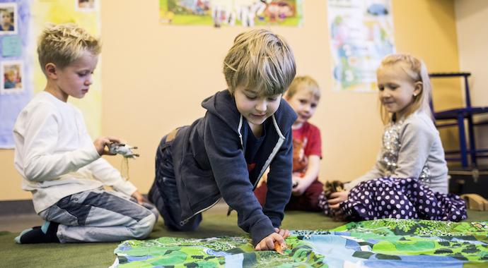 Ребенок идет в детский сад: как преодолеть родительскую тревогу