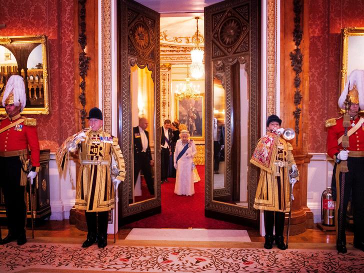 Фото №3 - Владения короны: 7 главных резиденций Виндзоров, и кто в них живет