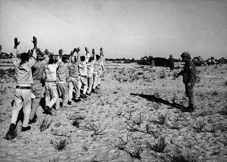 Фото №1 - Быстрый и мертвый: самые короткие войны XX века