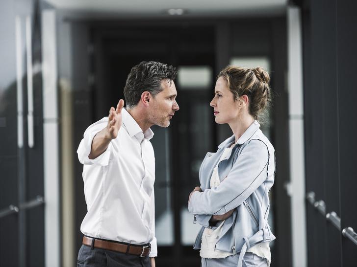 Фото №4 - Встать и уйти: 5 ситуаций, когда уволиться— самое правильное решение