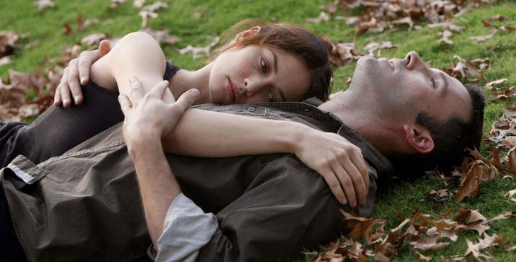 Фото №2 - До слез: стихи про невзаимную любовь подростков 💔