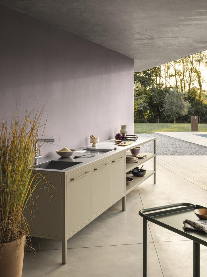 Фото №2 - Завтрак на траве: летняя кухня и столовая