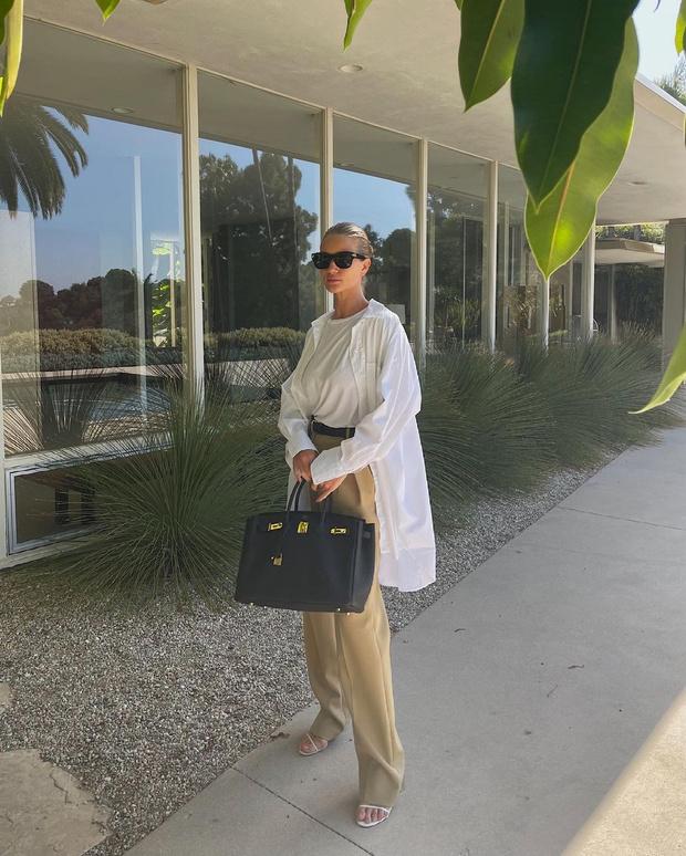 Фото №3 - Белая рубашка + широкие брюки: формула безупречного образа от Роузи Хантингтон-Уайтли