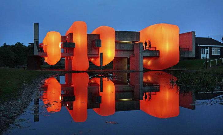 Фото №3 - «Большая глина №4» Урса Фишера и другие одиозные городские скульптуры