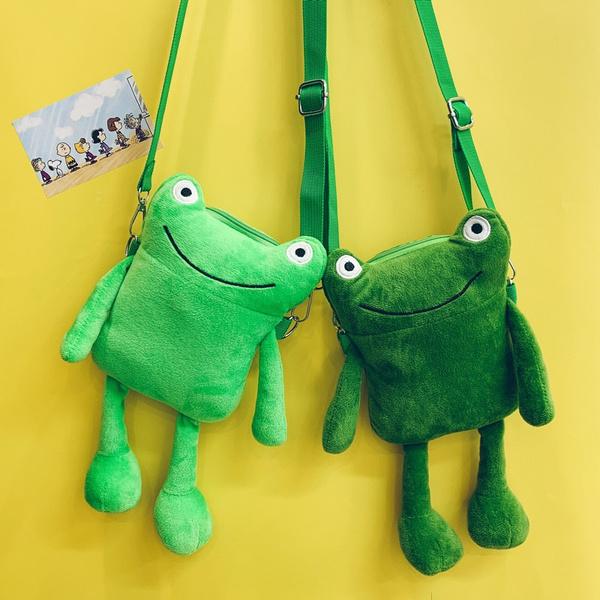 Фото №1 - Вместо плюшевого мишки: 5 модных меховых сумок, с которыми ты не захочешь расставаться
