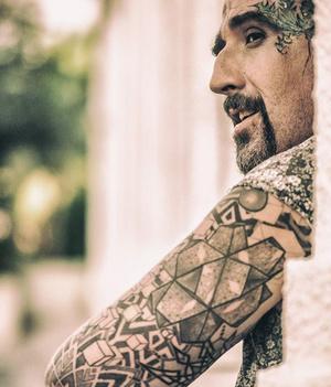 Фото №3 - Что такое интимные татуировки и зачем они нужны?