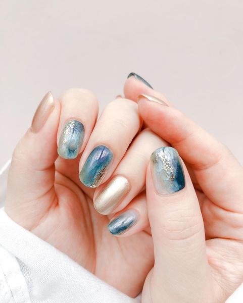 Фото №5 - Маникюр на море: лучшие варианты пляжных ногтей