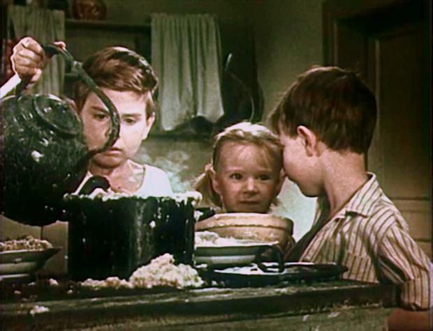 чем кормили детей в СССР