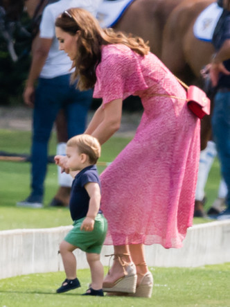 Фото №4 - Мамина копия: самые трогательные совместные фото герцогини Кейт и принца Луи