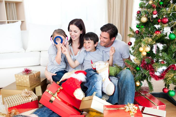 Фото №1 - Новый год – семейный праздник: выбираем самых дружных!
