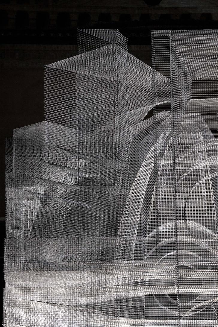 Фото №6 - Эфемерная инсталляция из проволочной сетки в Равенне