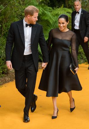 Фото №11 - Их модные Высочества: лучшие парные образы Меган и Гарри