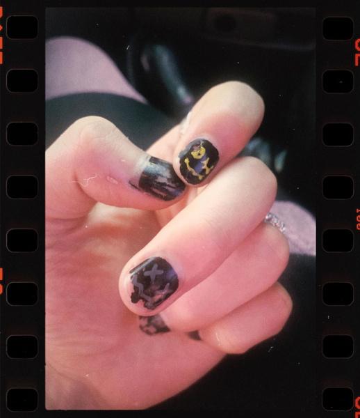 Фото №3 - Никакой токсичной маскулинности: Джонни и Юта из NCT сделали маникюр 🤩