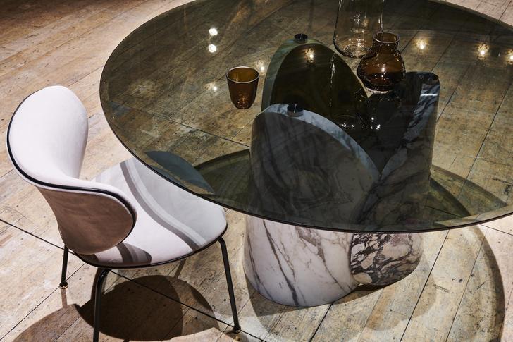 Фото №2 - Новые столы Petalo и Elitra от Lithos Design