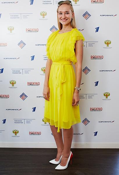 Полина Сидихина фото