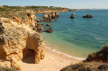 Фото №8 - 10 пляжей, где можно роскошно отдохнуть