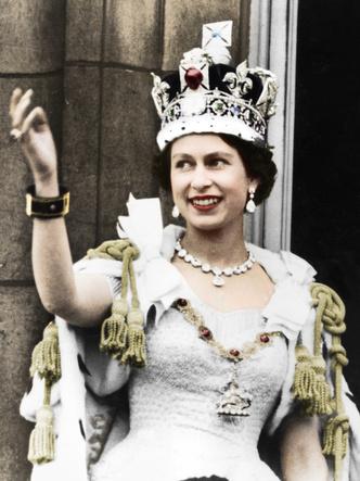 Фото №11 - Великолепный век: 50 лучших королевских образов за 100 лет