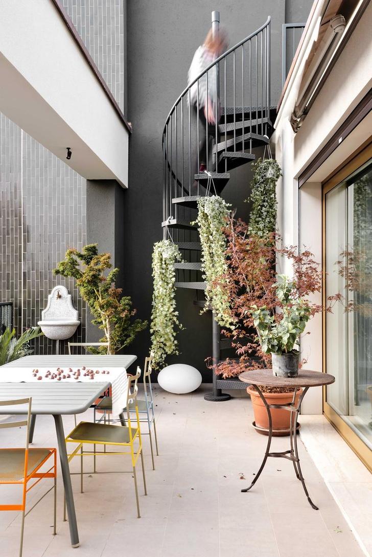 Фото №8 - Квартира с синим коридором в Милане