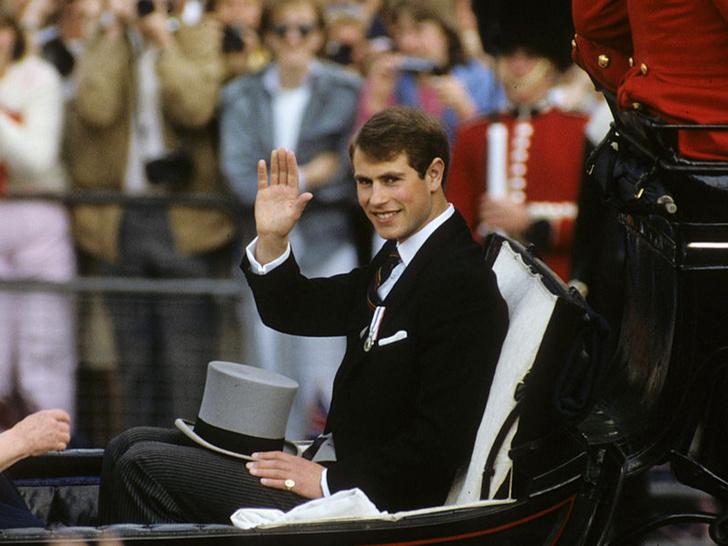 Фото №2 - Непокорный: какой семейной традиции отказался следовать принц Эдвард