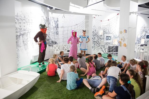 Фото №2 - День Открытых Дверей в мультимедийном детском центре «Алисиум»