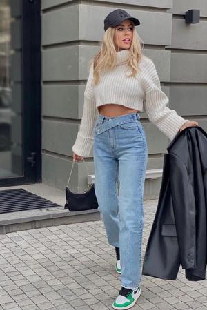 Фото №13 - Самые красивые джинсы 2021: полный гид по актуальным моделям
