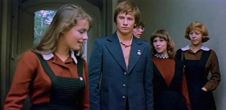 Фото №14 - Краткая история школьной формы в СССР