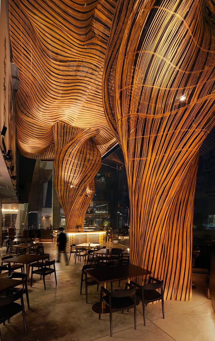 Фото №6 - Инсталляция из ротанга в ресторане Spice & Barley