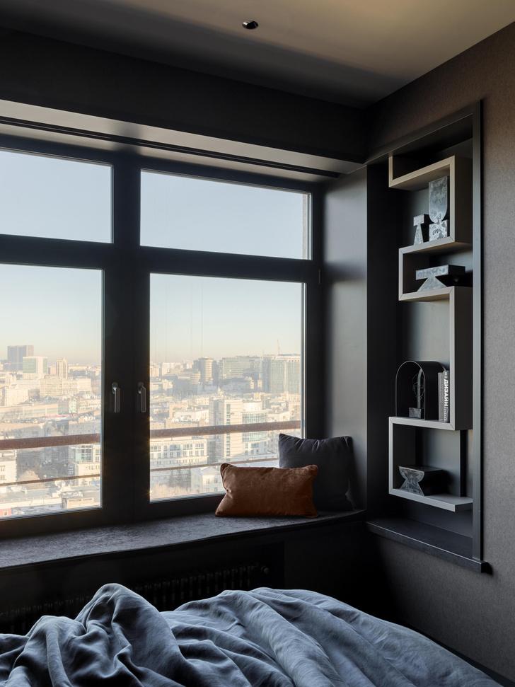 Фото №13 - Квартира в темных оттенках с видом на Москву