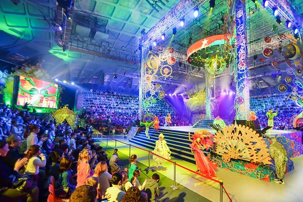 Фото №1 - Открыт новый сезон в Цирке Деда Мороза