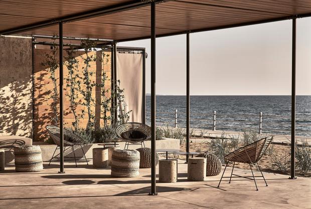 Фото №1 - Отель в здании заброшенной винодельни в Греции