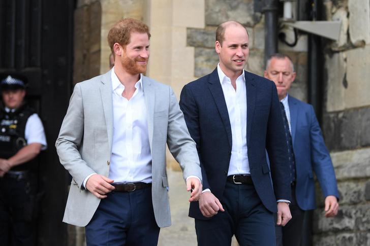 Фото №4 - Принцу угрожают: экс-друзья Гарри раскроют о нем всю правду