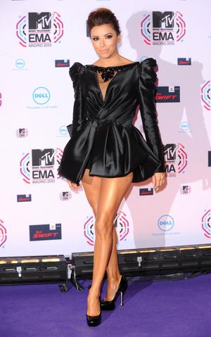 Фото №7 - Премия MTV EMA: лучшие звездные образы за всю историю