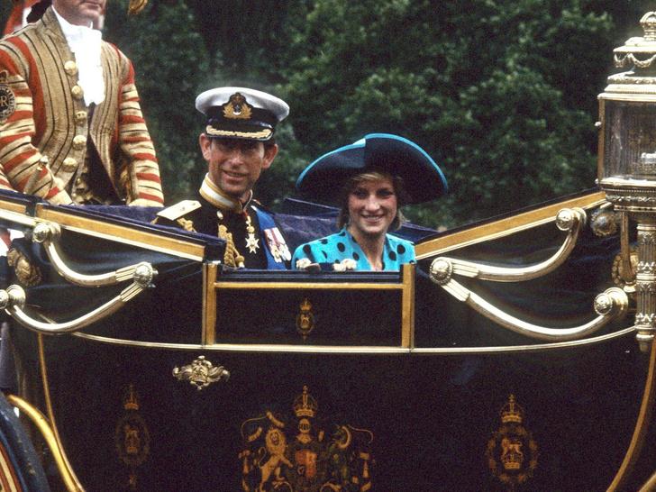 Фото №7 - Свадебный переполох: как Диана «спасла» венчание Сары Фергюсон и принца Эндрю