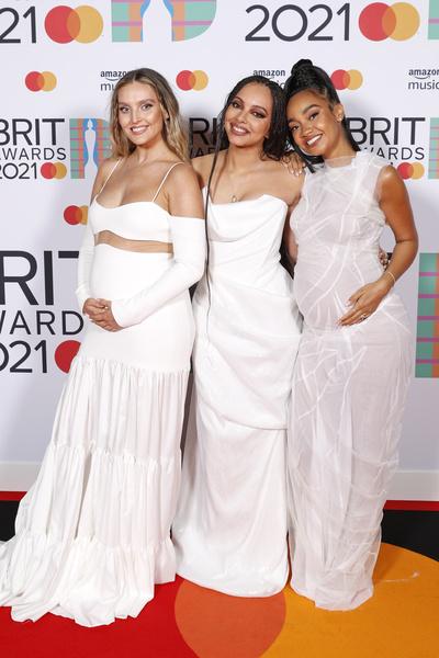 Фото №4 - Дуа Липа в чулках и Билли Портер в платье стали главными звездами на Brit Awards-2021